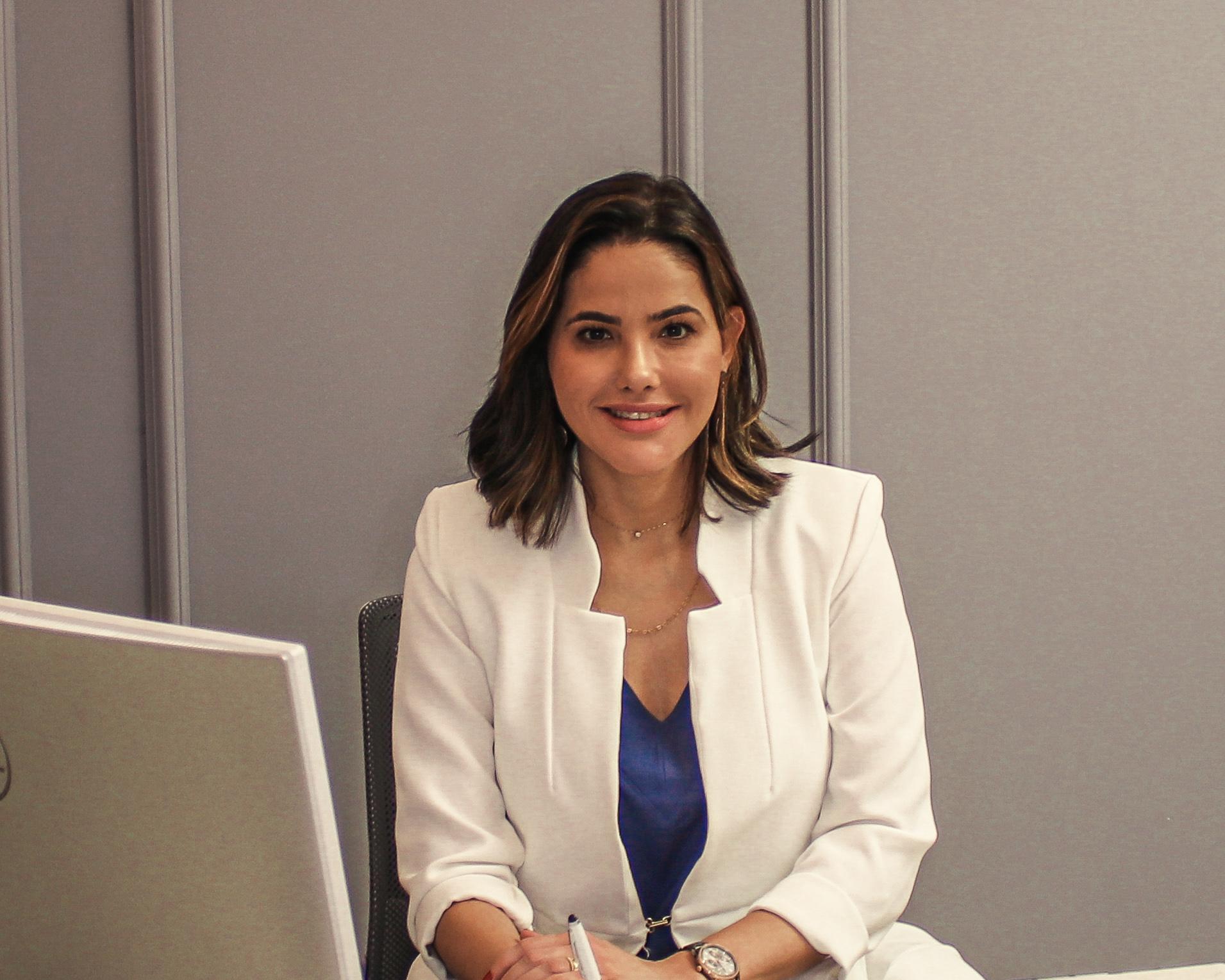 Dermatologista Thiara Lenzi